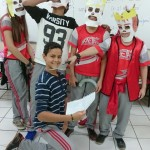 Grupos do oitavo ano apresentando peça teatral sobre os mitos gregos